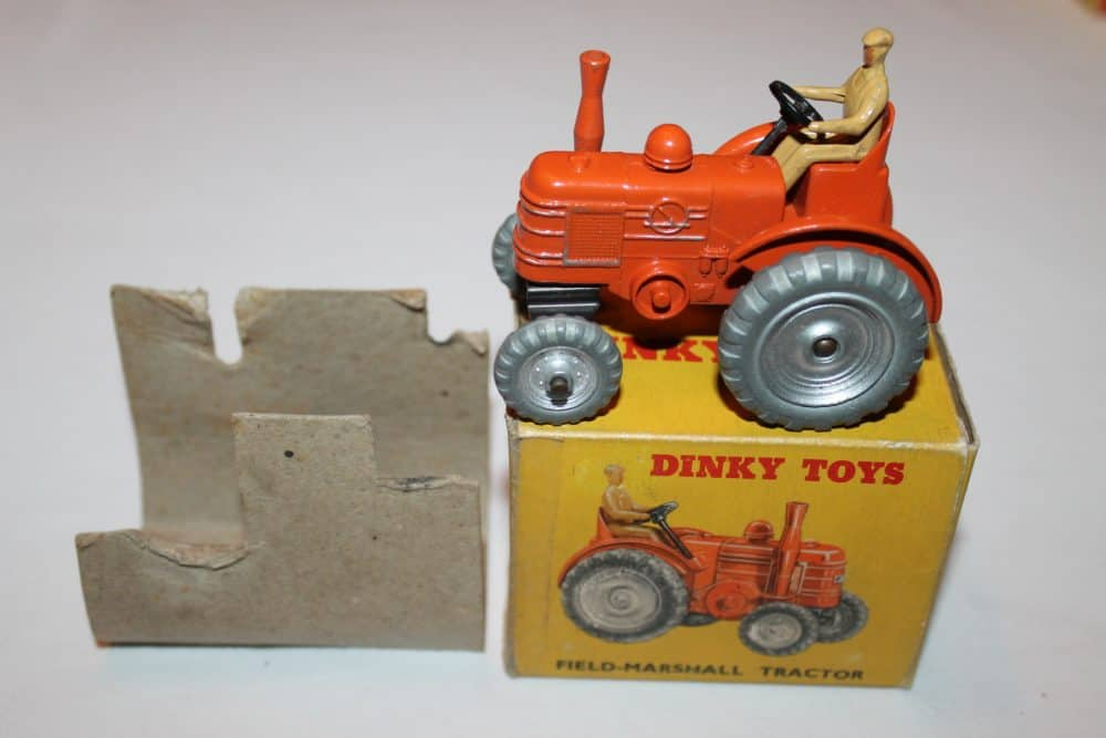 Dinky Toys 027N/301 Field Marshall Tractor