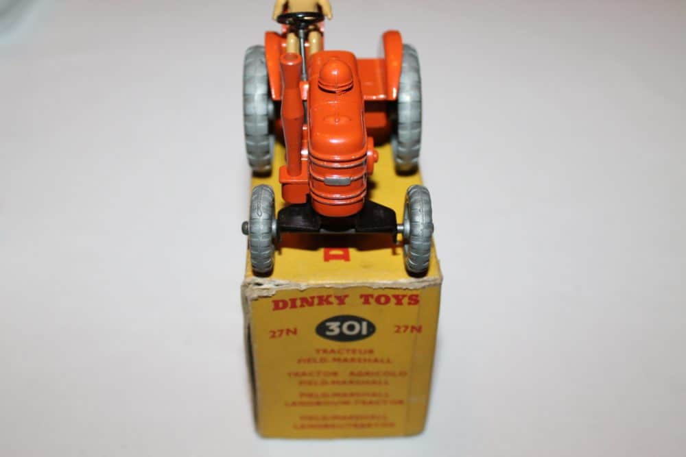 Dinky Toys 027N/301 Field Marshall Tractor-front