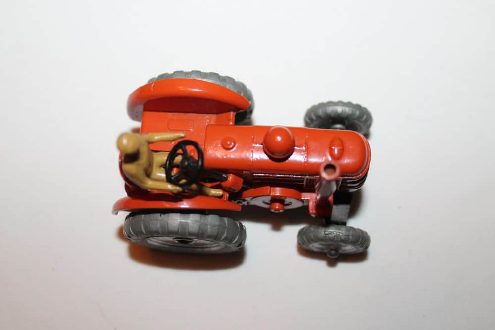 Dinky Toys 027N/301 Field Marshall Tractor-top