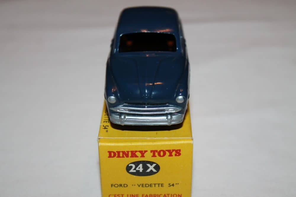 French Dinky 024X Ford Vedette 54-front