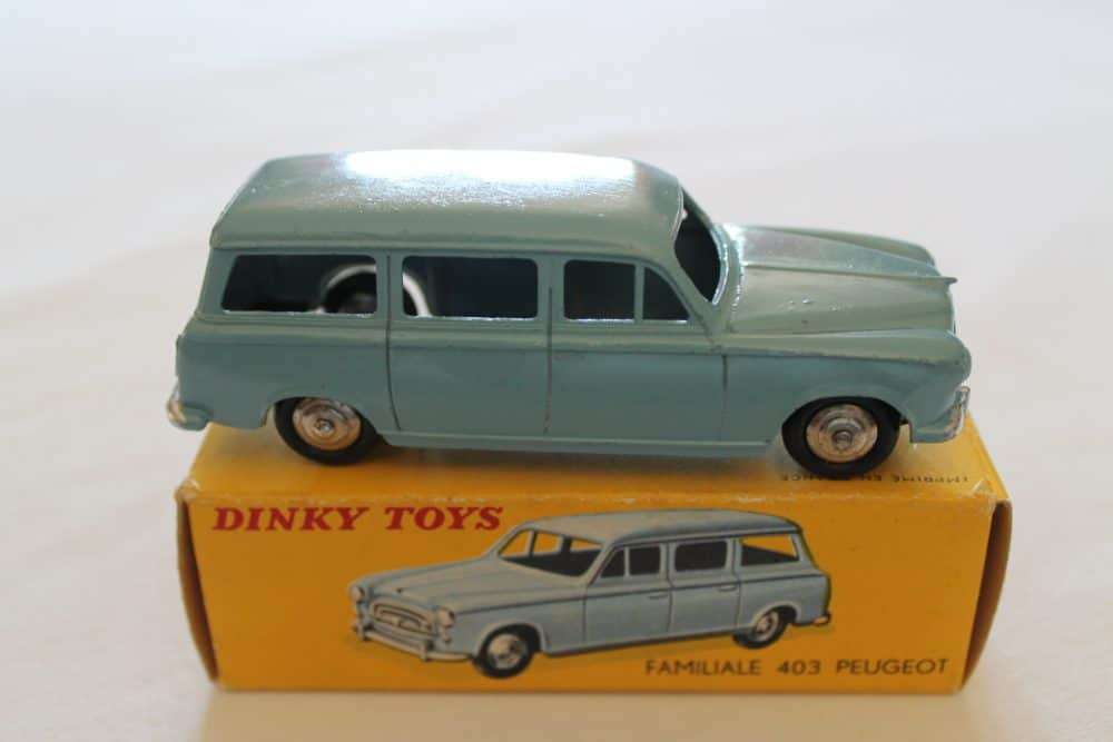 French Dinky 024F Peugeot 403 Familiale-side