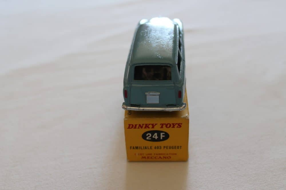 French Dinky 024F Peugeot 403 Familiale-back