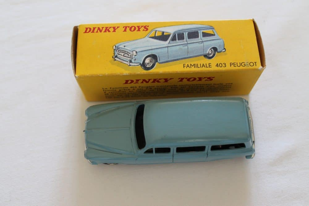 French Dinky 024F Peugeot 403 Familiale-top