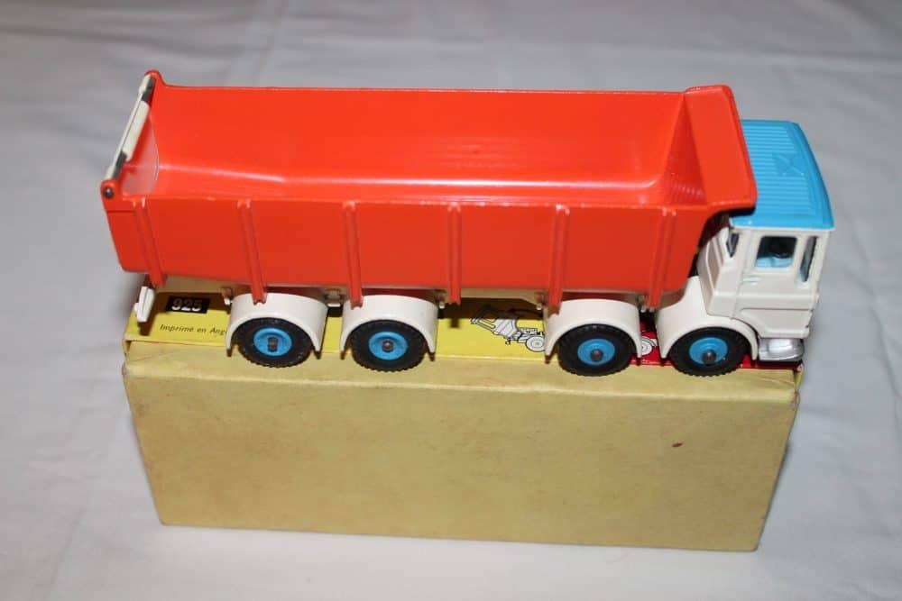 Dinky Toys 925 Leyland Dump Truck-side