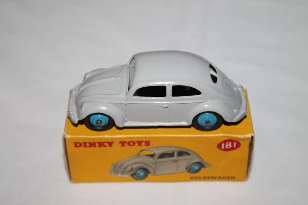 Dinky Toys 181 Volkswagen Beetle