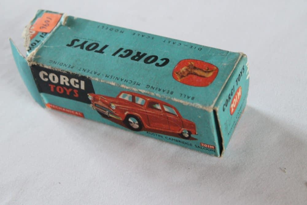 Corgi Toys 201M Austin Cambridge-box1