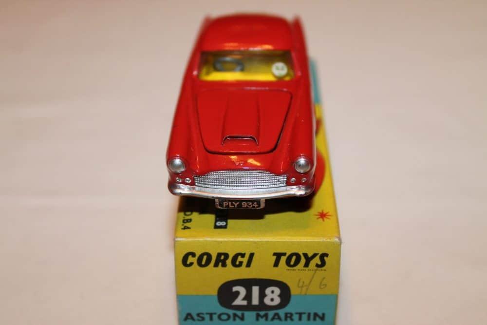 Corgi Toys 218 Aston Martin D.B.4-front