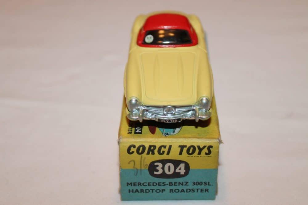 Corgi Toys 304 Mercedes-Benz 300SL Hardtop Roadster-front