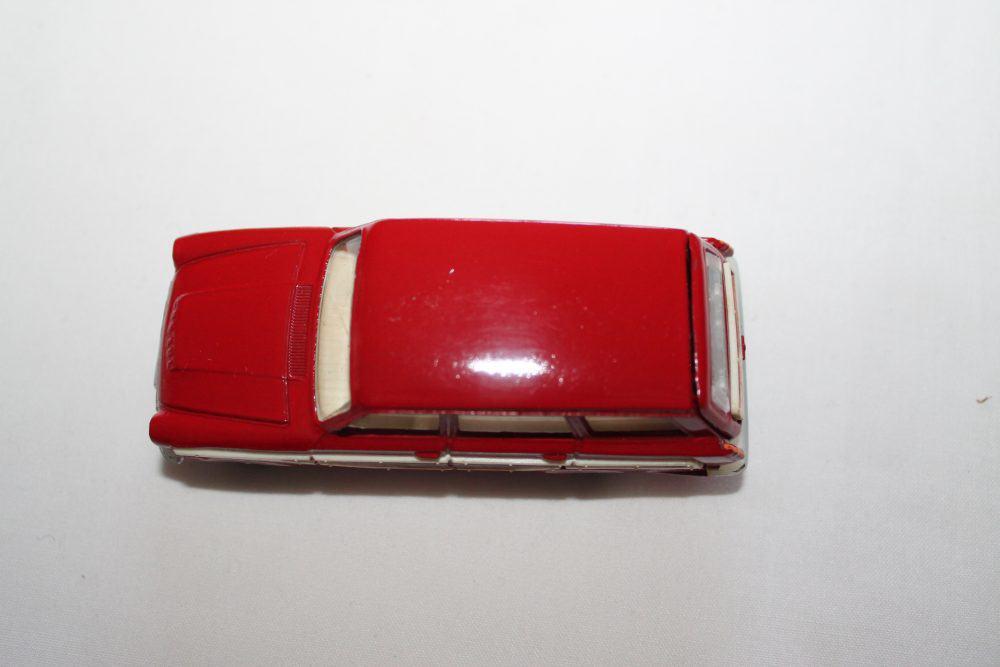 Corgi Toys 491 Ford Cortina Estate-top