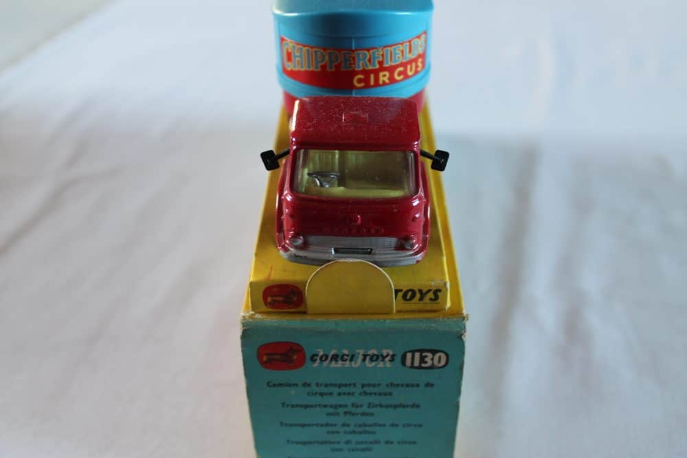 Corgi Toys 1130 Chipperfield Circus Horse Transporter-front