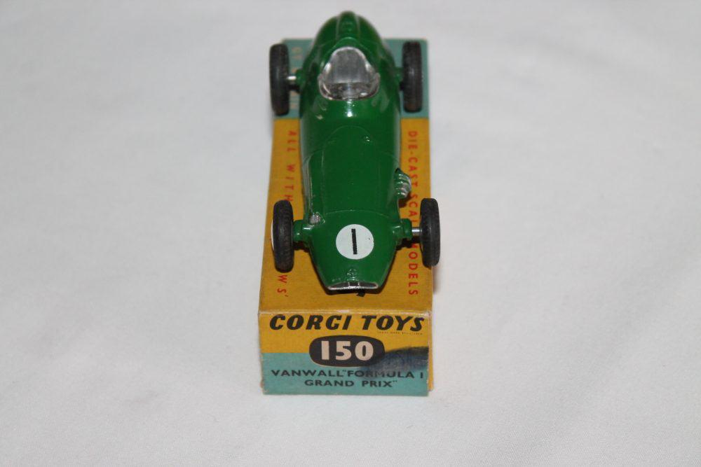 Corgi Toys 152 B.R.M Racing Car-front