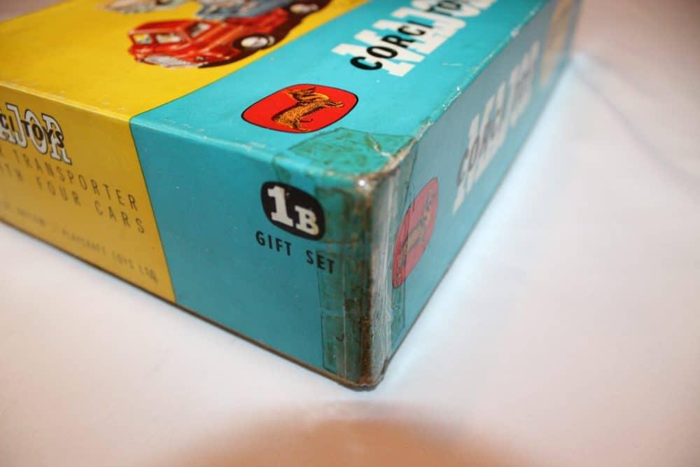 Corgi Toys No 1B Gift Set-boxcorner
