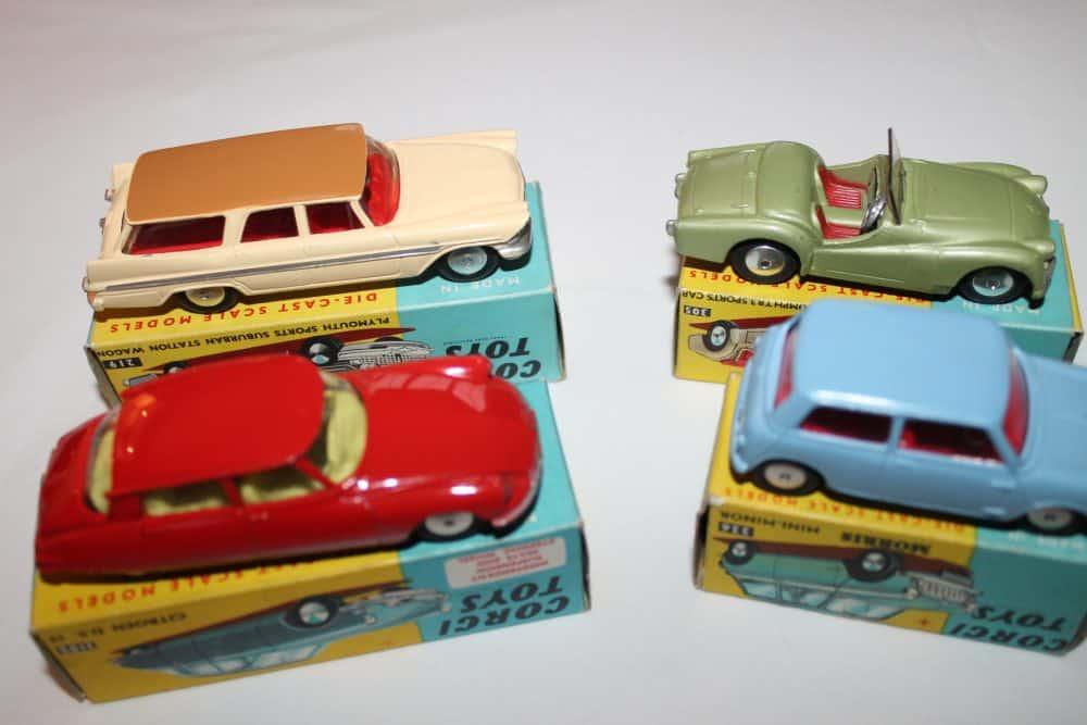 Corgi Toys No 1B Gift Set-cars right