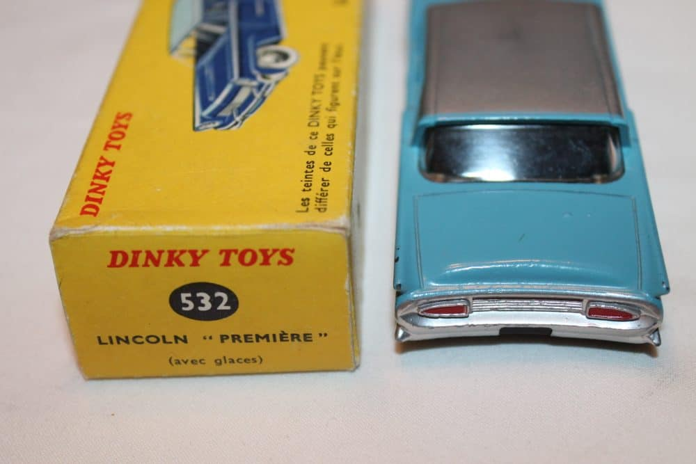 French Dinky Toys 532 Lincoln Premier-back