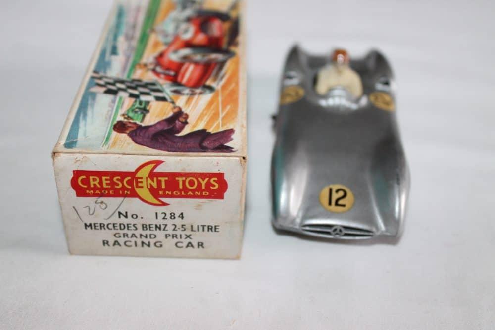 Crescent Toys 1284 Mercedes Benz 2.5 litre Grand Prix Racing Car-front