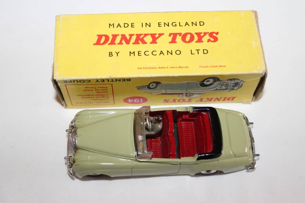 Dinky Toys 194 Bentley Coupe South African version-top