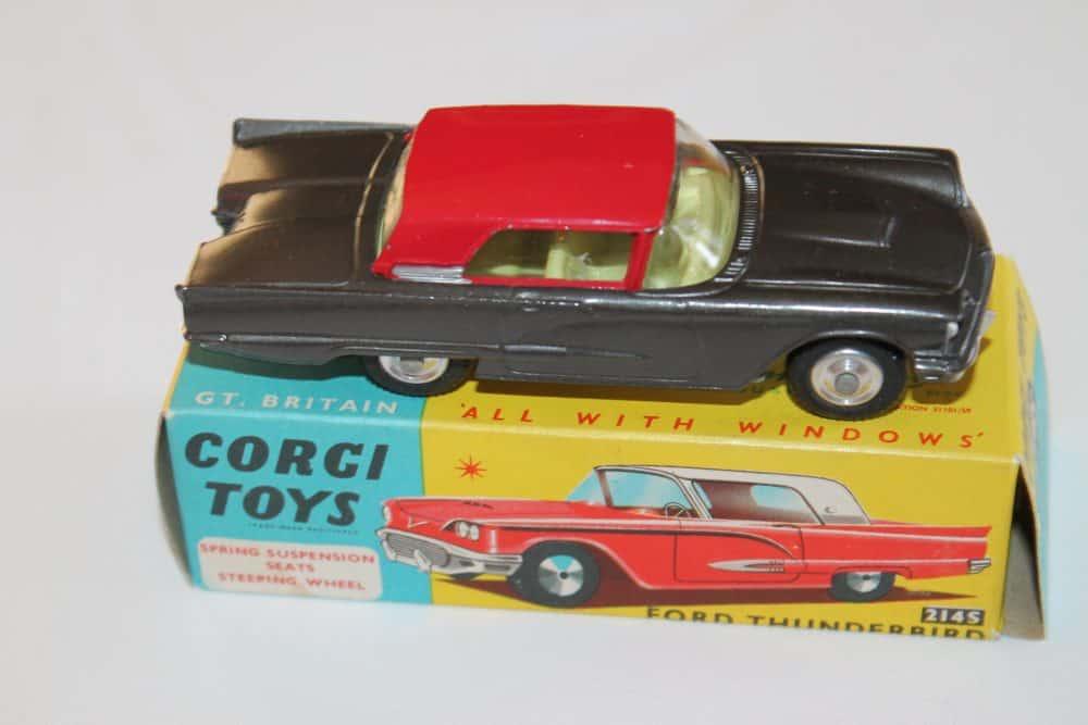 Corgi Toys 214S Ford Thunderbird-side
