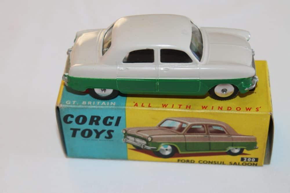 Corgi Toys 200 Ford Consul Saloon-side