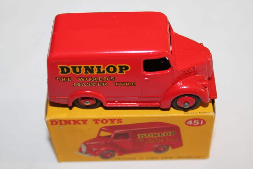 Dinky Toys 451 Trojan 'Dunlop' Van-side