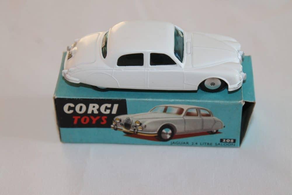 Corgi Toys 208 Jaguar 2.4 litre-side