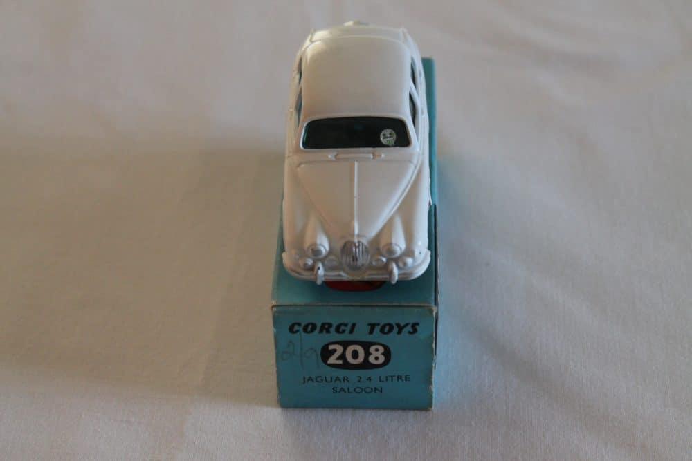 Corgi Toys 208 Jaguar 2.4 litre-front