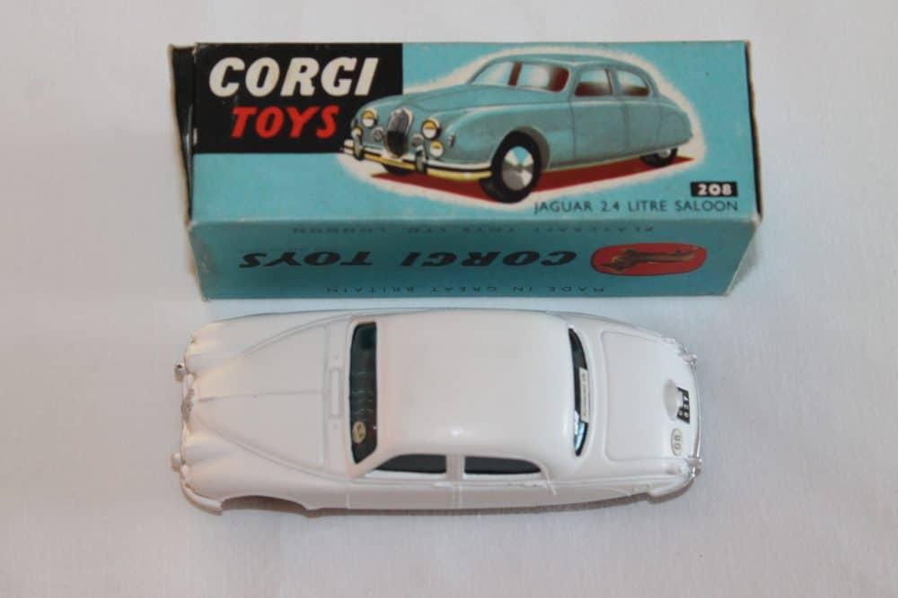 Corgi Toys 208 Jaguar 2.4 litre-top