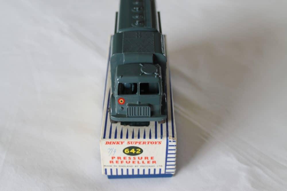Dinky Toys 642 RAF Pressure Refueler-front