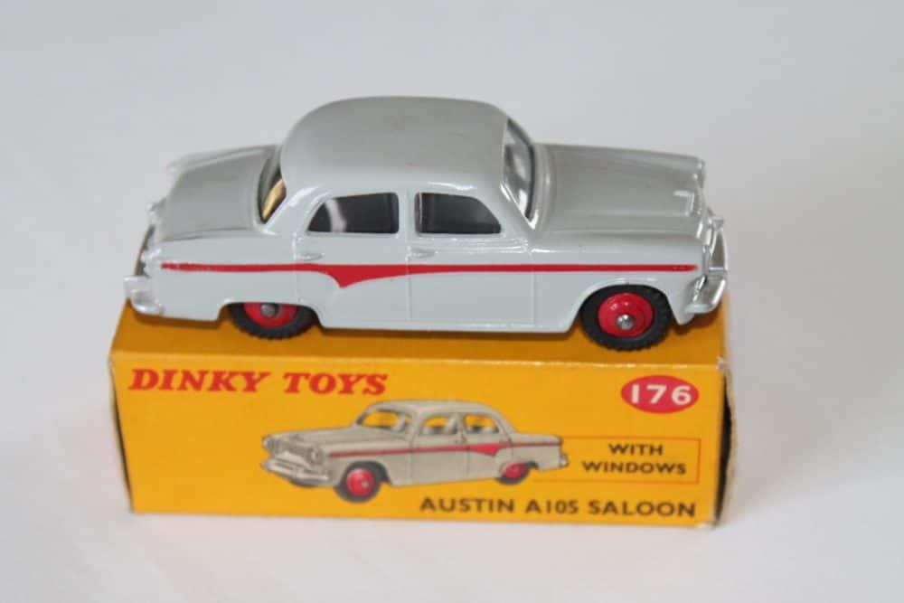 Dinky Toys 176 Austin A 105-side