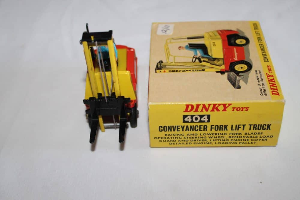 Dinky Toys 404 Conveyancer Fork Lift Truck-front