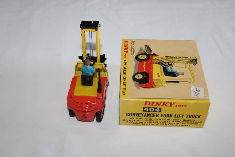 Dinky Toys 404 Conveyancer Fork Lift Truck-back