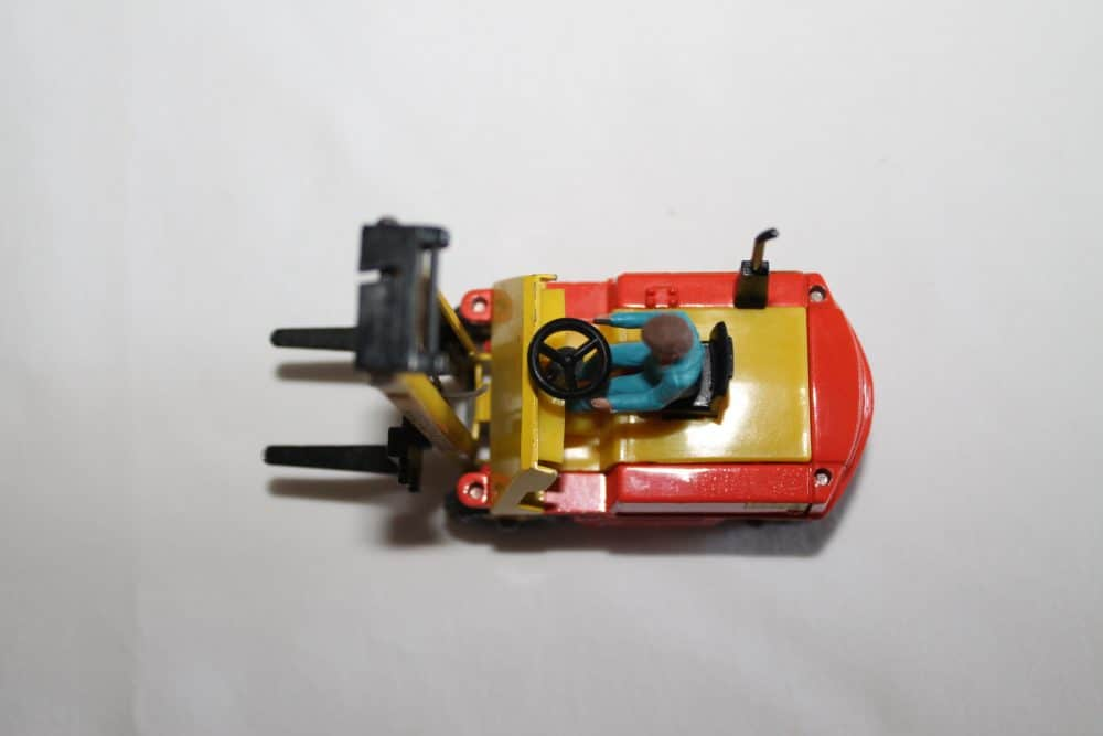 Dinky Toys 404 Conveyancer Fork Lift Truck-top
