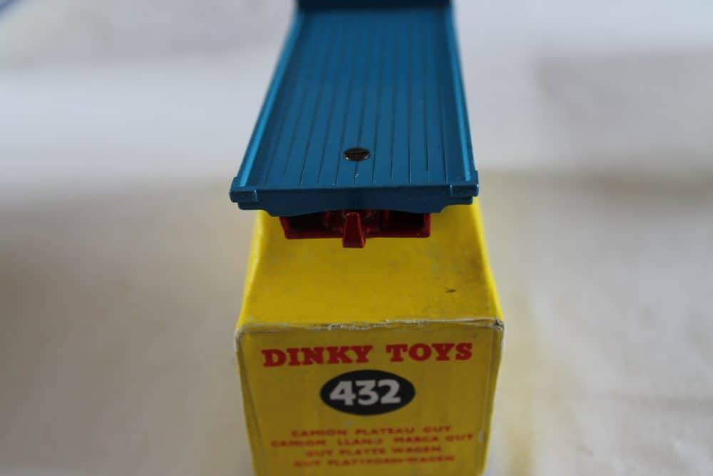 Dinky Toys 512 Guy Flat Truck-back