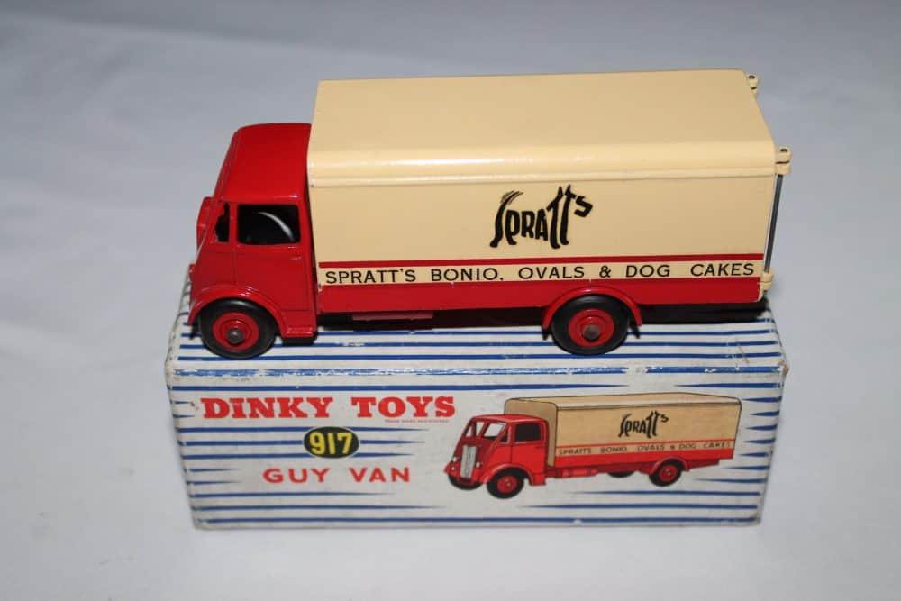 Dinky Toys 917 Guy Spratts Van