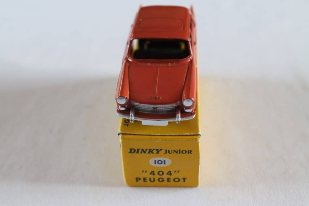 French Dinky Toys Junior 101 Peugeot 404-front