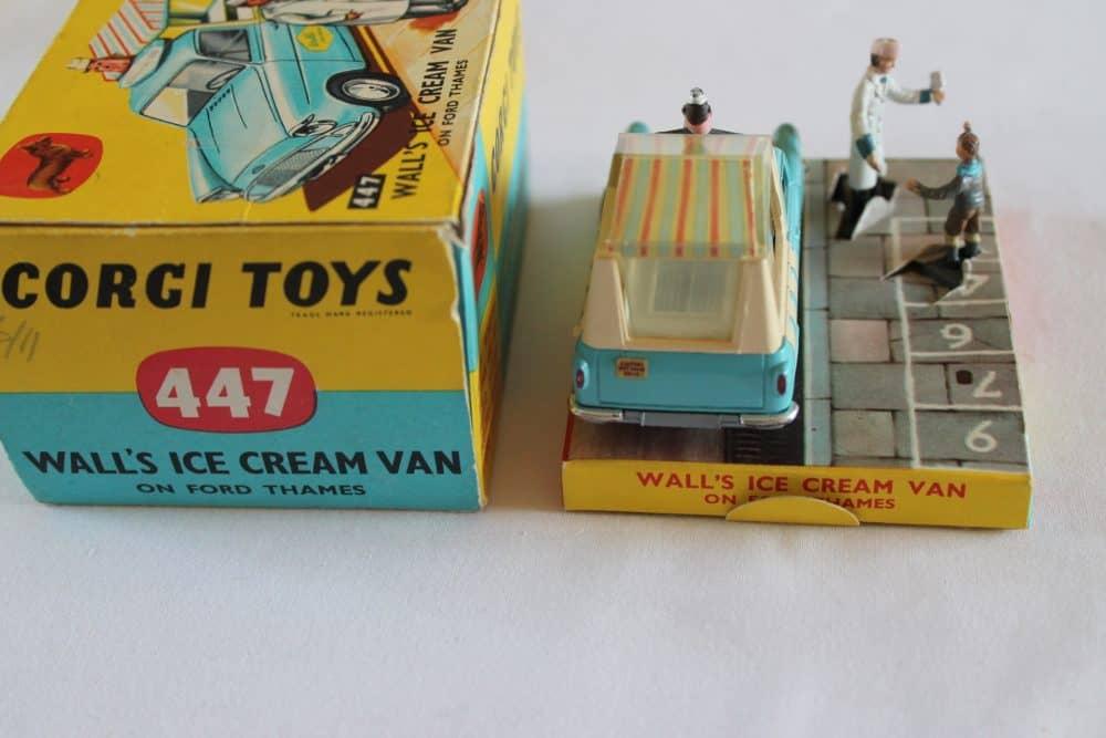 Corgi Toys 447 Ford Thames Wall's Ice Cream Van-back