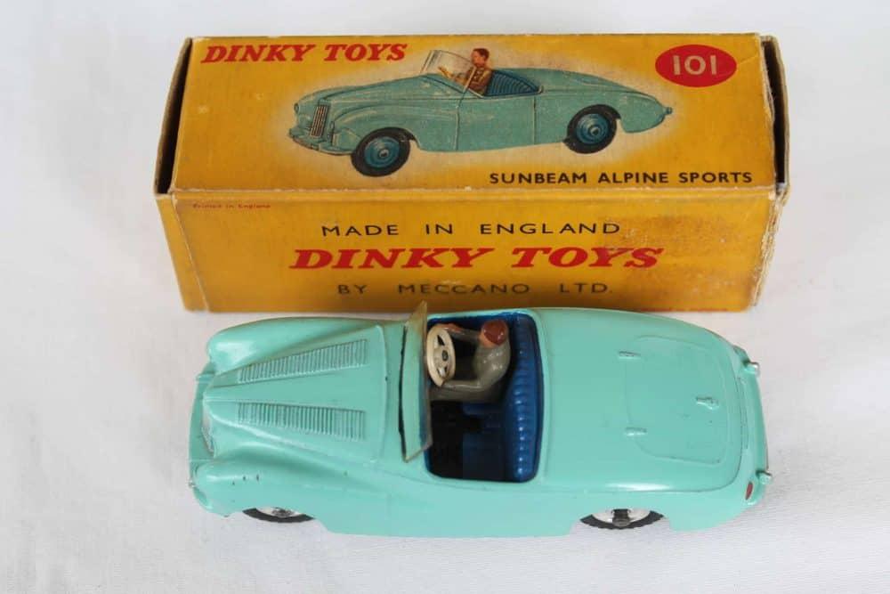 Dinky Toys 101 Sunbeam Alpine Tourer-top