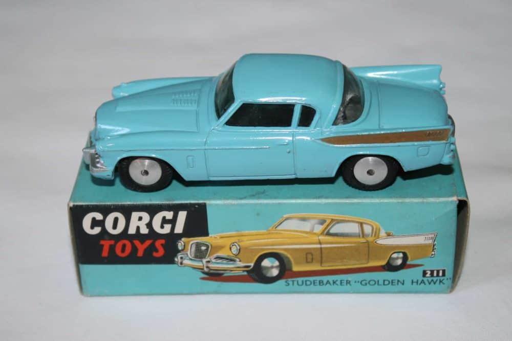 Corgi Toys 211 Studebaker Golden Hawk
