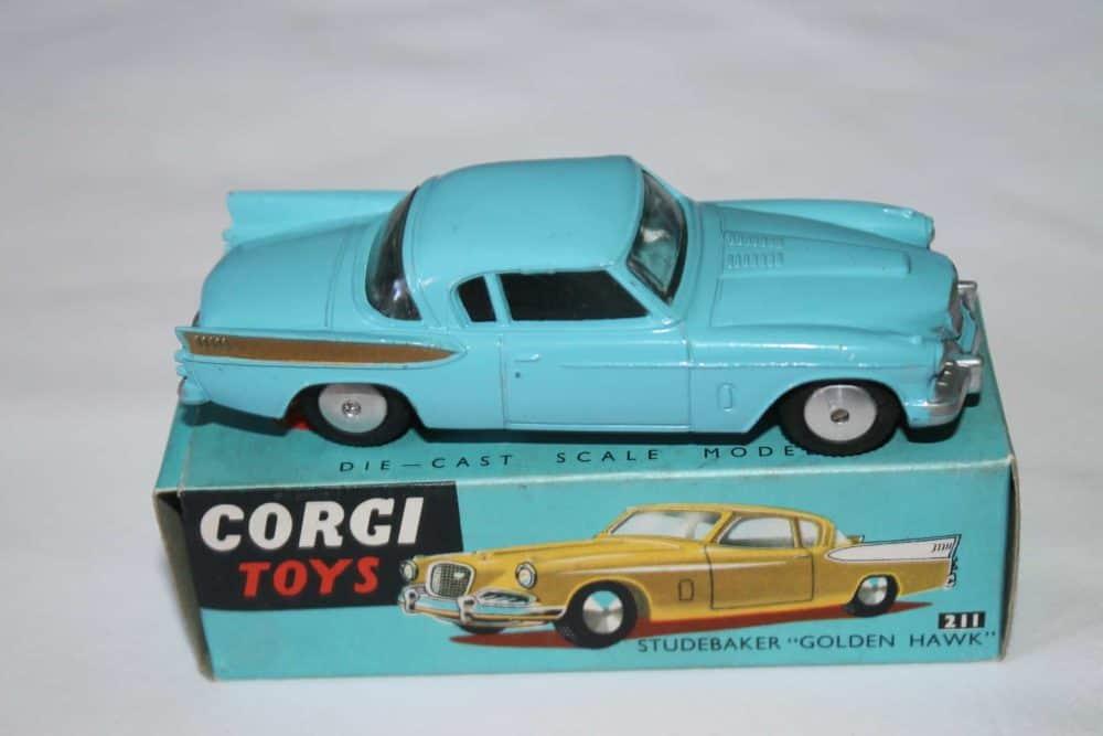 Corgi Toys 211 Studebaker Golden Hawk-side