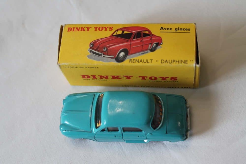 French Dinky Toys 524 Renault Dauphine-top