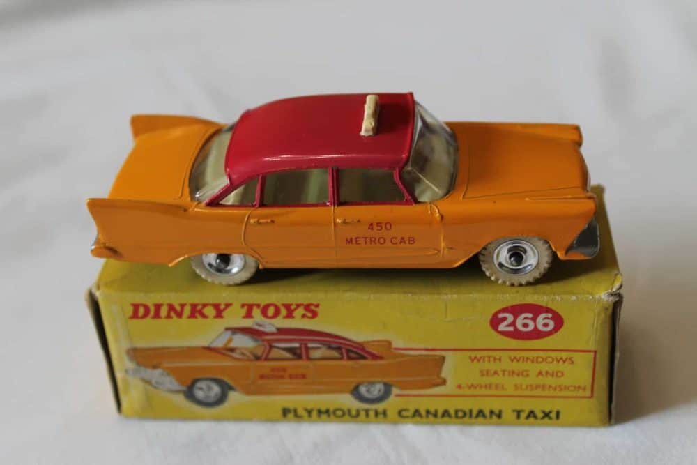Dinky Toys 266 Plymouth Canadian Taxi-side