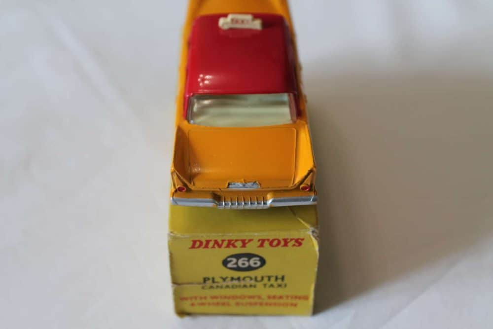 Dinky Toys 266 Plymouth Canadian Taxi-back