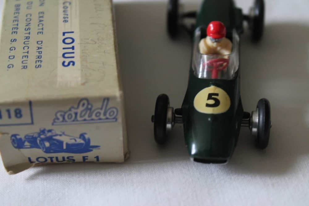 Solido Toys 118 Lotus F 1-front