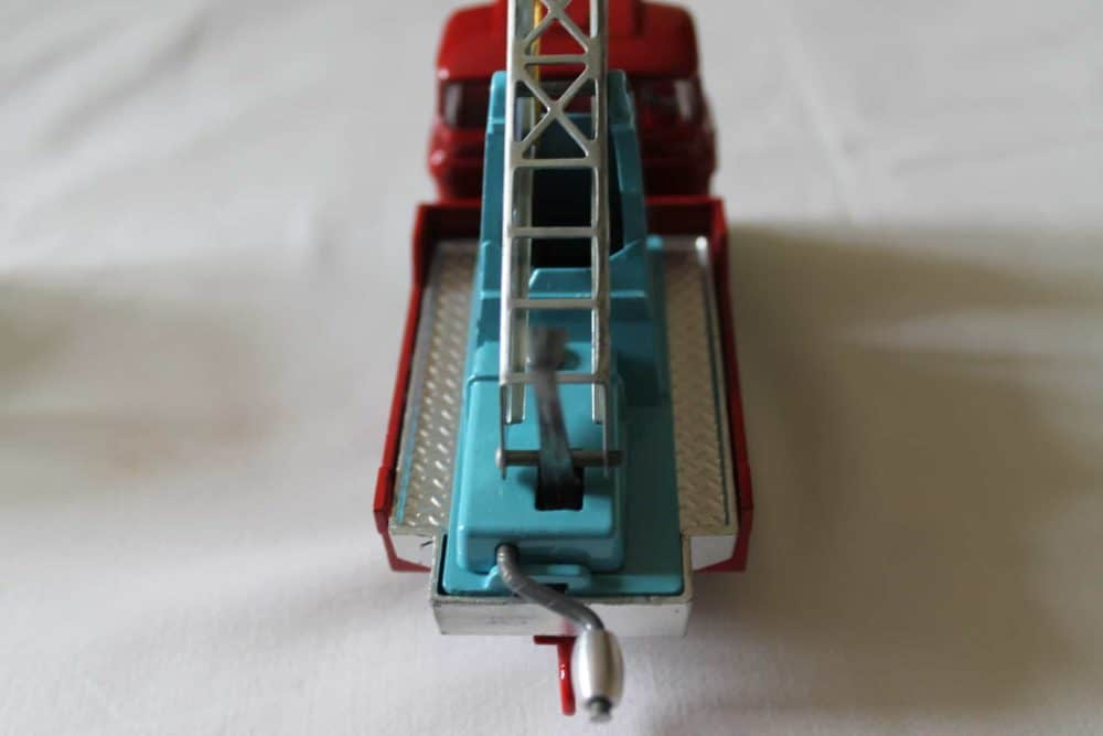 Corgi Toys 1144 Chipperfields Circus Crane Scammell Handyman Cab-back