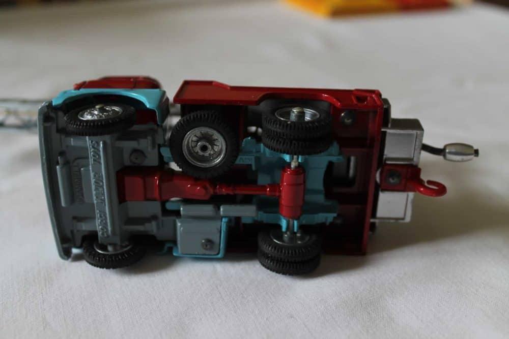 Corgi Toys 1144 Chipperfields Circus Crane Scammell Handyman Cab-base