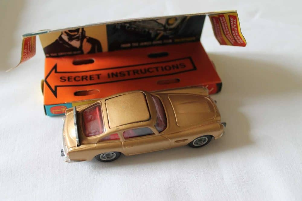 Corgi Toys 261 James Bond Aston Martin D.B.5 1st Issue-side