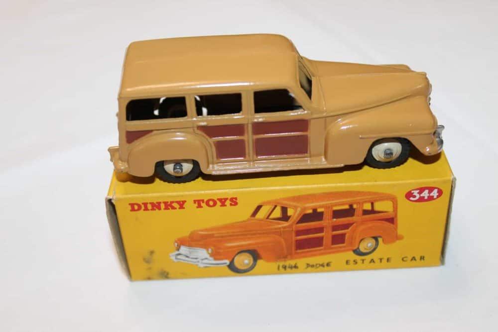 Dinky Toys 344 Estate Car-side