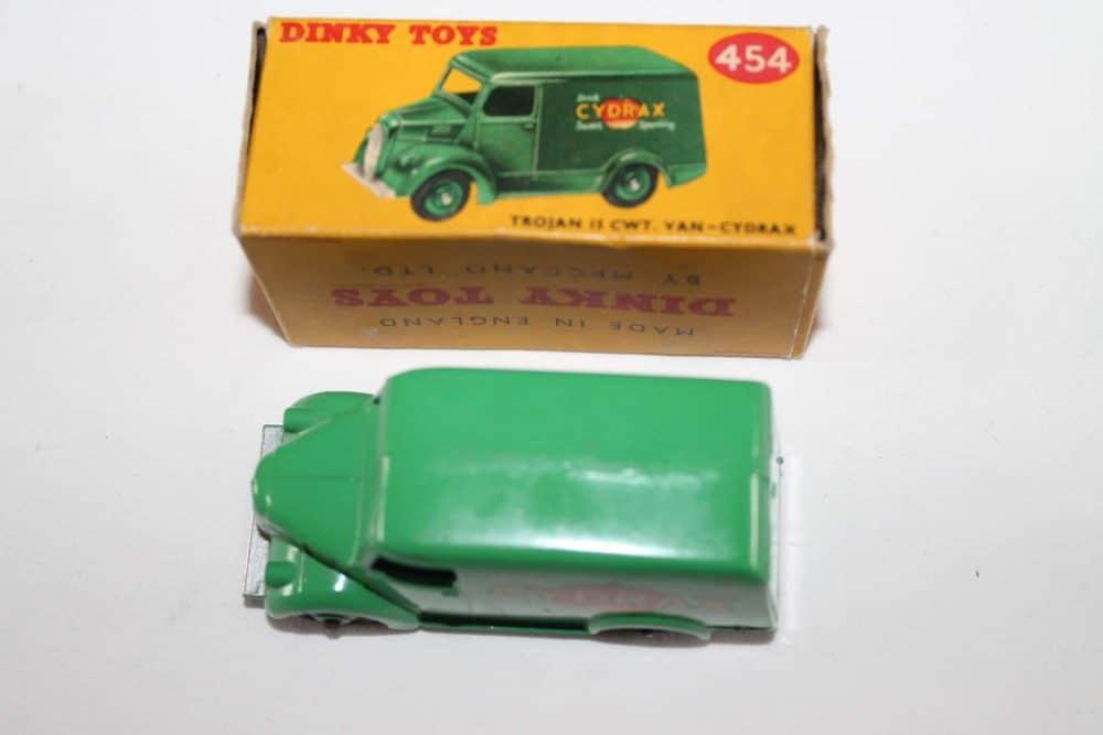 Dinky Toys 454 Trojan 'Cydrax' Van-top