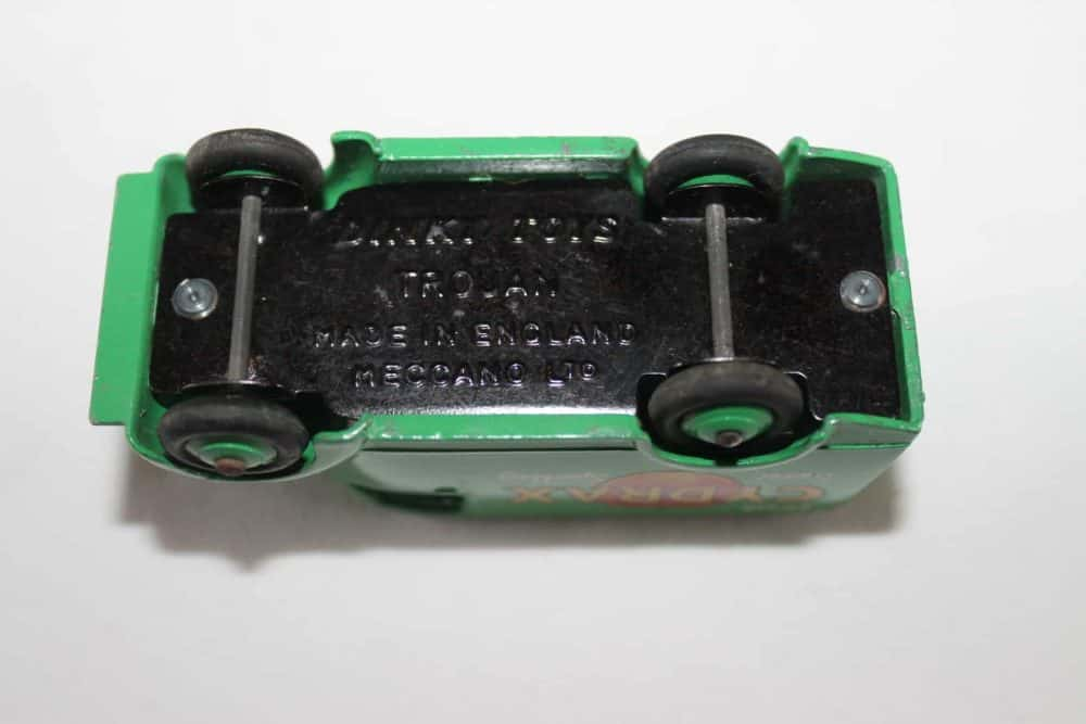 Dinky Toys 454 Trojan 'Cydrax' Van-base