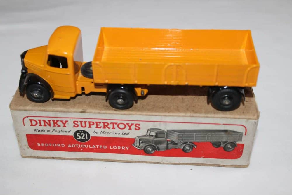 Dinky Toys 521 Bedford Articulated Lorry