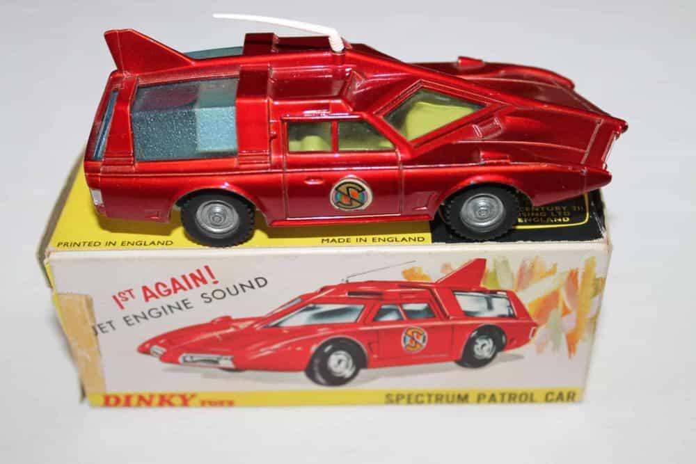 Dinky Toys 103 Spectrum Patrol Car-side